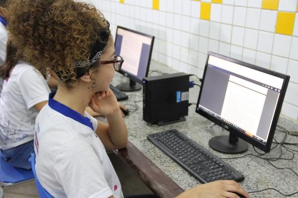 Seduc e Fundação Telefônica Vivo oferecem curso gratuito para alunos da rede estadual concluintes do ensino médio em 2020