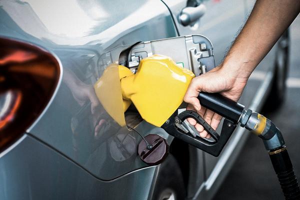 Petrobras cortará preço do diesel em 2,17% e da gasolina em 1,89% nas refinarias