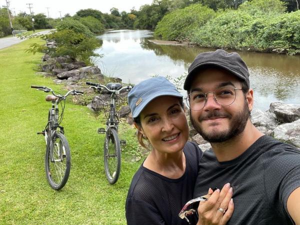 Fátima Bernardes comemora aniversário de namoro com Túlio Gadêlha: 'Cada minuto importa'