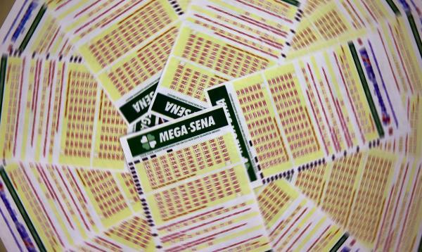 Mega-Sena sorteia R$ 20 milhões neste sábado