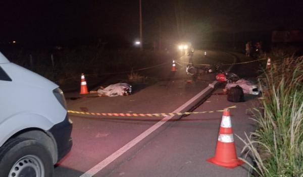 Colisão frontal deixa dois mortos na AL 115 no Agreste alagoano