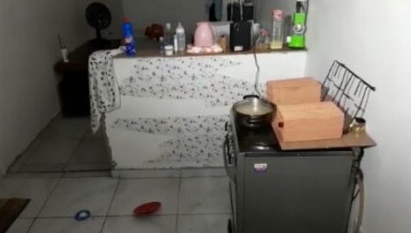 Mulher se queima ao usar álcool combustível enquanto cozinhava em Osasco, na Grande SP; bebê também foi atingido