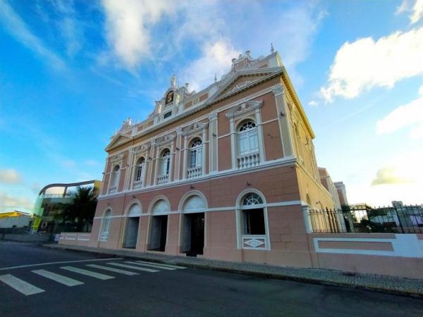 Teatros Deodoro, de Arena e Complexo Cultural passam a funcionar com 75% da capacidade