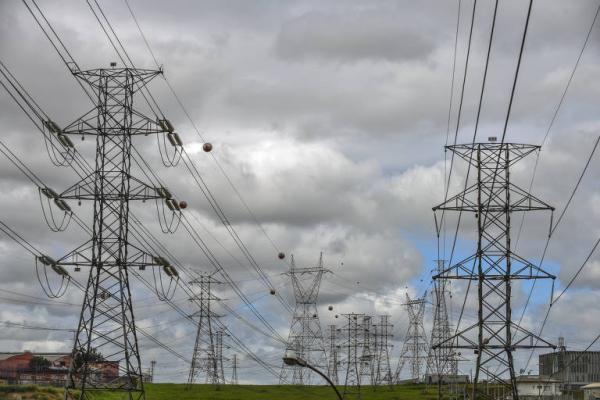 Retorno do horário de verão ganha apoio de entidades do setor elétrico