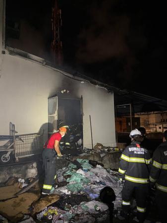 Incêndio atinge setor de almoxarifado da Santa Casa de Maceió