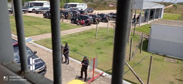 V�DEO: Greve de policiais penais de Alagoas impede entrada de presos no Agreste