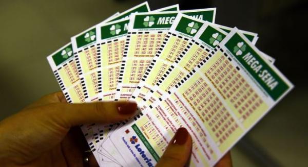 Mega-Sena acumulada sorteia neste sábado R$ 23,5 milhões