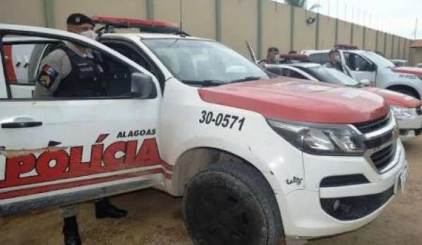 Mulher é presa acusada de furtar produtos de shopping em Maceió
