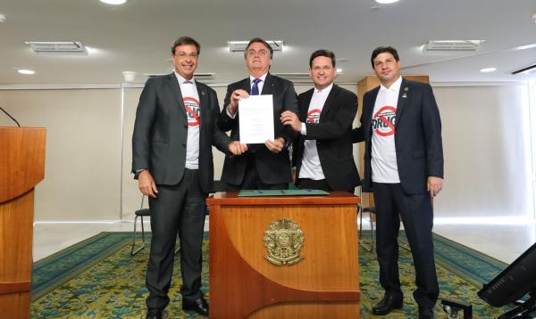 Governo federal institui o programa Turismo Sem Drogas